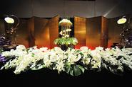 メイン装花も豪華に演出。 (2月15日)